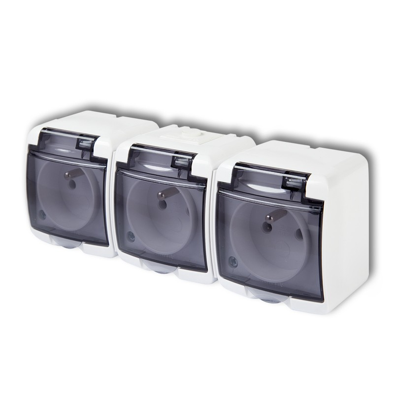 Triple socket with earth 3x(2P+Z), (shaded transparent cover; child protection)